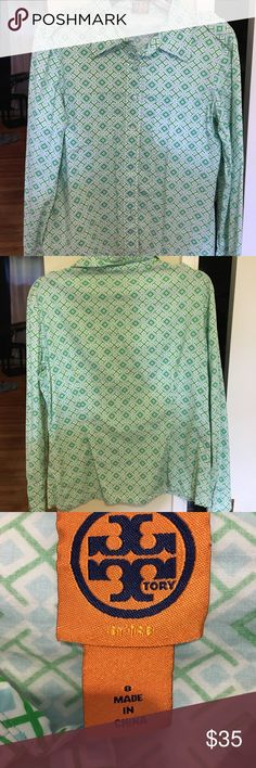 Tory burch button up Summer green beautiful Tory burch button up Tory Burch Tops Button Down Shirts