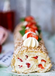 Budapest, Healthy Recepies, Coffee Dessert, Swedish Recipes, Food Cakes, Cookie Desserts, Caprese Salad, Food Inspiration, Yummy Treats