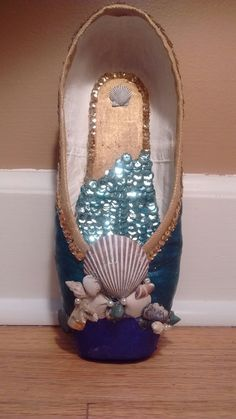 Mermaid Pointe Shoe by @oopsiedaisyupcycle