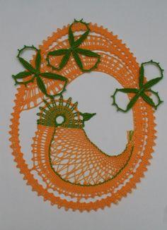 Veľkonočná ozdoba závesná Bobbin Lace Patterns, Lace Heart, Lace Jewelry, Lace Making, Lace Detail, Tatting, Crochet Earrings, Butterfly, How To Make