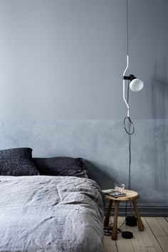 Wabi Sabi interior decor - the latest wall finishes trends - limewashed walls