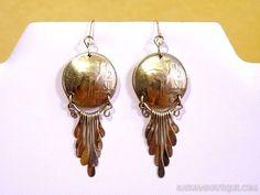 Boucles d'oreilles dorées en pièces péruviennes des années 1970 - Bronze et laiton.