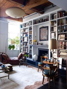 81 Cozy Home Library Interior Ideas – Futurist Architecture Living Area, Living Room Decor, Living Spaces, Living Rooms, Living Room Bookshelves, Cozy Home Library, Dream Library, Romantic Living Room, Home Libraries