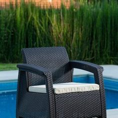Get this Keter Corfu Wicker Brown Chair, which is extremely comfortable wicker chair with a cushion that would look perfect for your outdoor patio space. Wicker Patio Furniture Sets, Mykonos Greece, Crete Greece, Athens Greece, Santorini, Outdoor Chairs, Outdoor Decor, Patio Seating, Construction Design