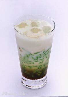 Cendol - Drankje van ketandruppels met kokosmelk en Javaanse suiker