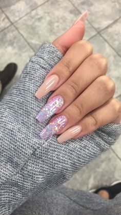 Acrylic Nails Coffin Looking for a whole new nail look? Coffin acrylic nails are a must try this year. We've rounded up 40 of the best acrylic nails coffin ideas for you. Summer Acrylic Nails, Best Acrylic Nails, Acrylic Nail Designs, Aycrlic Nails, Hair And Nails, Coffin Nails, Fancy Nails, Pretty Nails, Fire Nails