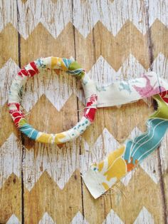 This DIY Scrap Fabric Wrapped Bracelet craft is the PERFECT craft for kids (and adults!) to get crafty and make holiday gifts, Mother's Day gifts, presents for friends, craft party ideas, and SO much more! Or to just decorate yourself a pretty new bracelet! It's also a great frugal way to make some fun …