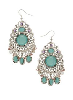 i dont normally like earrings like this but these are really pretty.