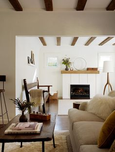 Eclectic Living Photos White Modern Retro Design, Pictures, Remodel, Decor and Ideas - page 7