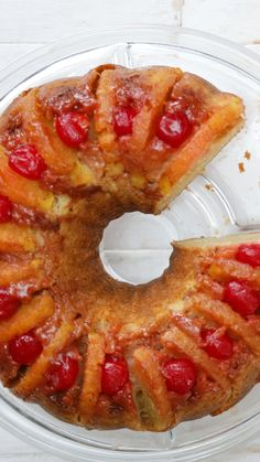 Step up your Bundt cake game with cherries, pineapples, a brown sugar glaze and more. {What a fun way to present a traditional upside down cake! This would be great with a scoop of homemade vanilla ice cream or a dollop of cream. Pineapple Recipes, Pineapple Cake, Pineapple Bundt Cake Recipe, Pineapple Desserts, Canned Pineapple, Pineapple Chicken, Pineapple Juice, Food Cakes, Cupcake Cakes