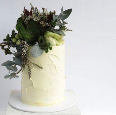 Beautiful Birthday Cakes, Wedding Decorations, Table Decorations, 70th Birthday, Cake Art, Our Love, Cake Designs, Most Beautiful Pictures, Cake Decorating