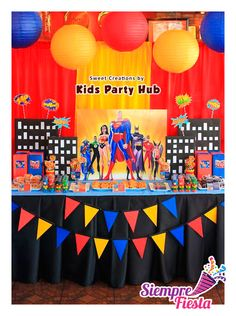 Ideas para fiesta de cumpleaños de la Liga de la Justicia con Batman, Superman y la Mujer Maravilla. Encuentra nuestros artículos en nuestra tienda en línea: http://www.siemprefiesta.com/fiestas-infantiles/ninos/articulos-liga-de-la-justicia.html?utm_source=Pinterest&utm_medium=Pin&utm_campaign=Liga%2BJusticia