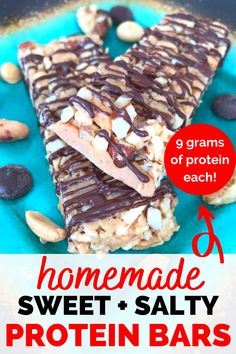 These homemade protein bars are incredibly delicious - no protein powder necessary! They're the perfect healthy snack recipe for adults and kids. Easy Delicious Recipes, Good Healthy Recipes, Healthy Snacks For Kids, Yummy Snacks, Whole Food Recipes, Snack Recipes, Dessert Recipes, Yummy Food, Protein Snacks