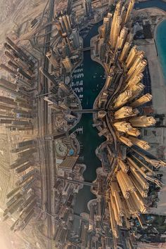 Preparing for travel to Dubai has a lot to do with your budget, and finding low cost options for your trip isn't impossible. While you prepare to get going, you Dubai City, Dubai Uae, Scenic Photography, Aerial Photography, Perspective Photography, Nyc, Dubai Travel, Birds Eye View, Aerial View