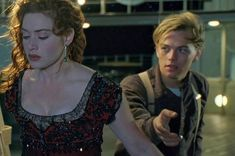 """This Insane Fan Theory About """"Titanic"""" Willl Blow Your Mind \\ At first I was like.. """"nawwww"""" but then I was like """"awww shit!!!!"""""""