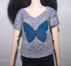 Pullip clothes - light gray t-shirt with blue butterfly by FabriMagoDolls on Etsy
