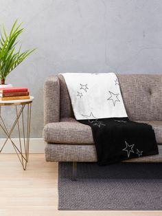 """""""Stars - Black and White"""" Throw Blanket by LAEC-Shop 
