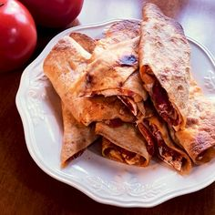 Tortilla Stromboli - Food and drinks interests Stromboli Recipe, Tortilla, Afternoon Snacks, Lunches And Dinners, Appetizer Recipes, Family Meals, Food Videos, Foodies, Clean Dinners