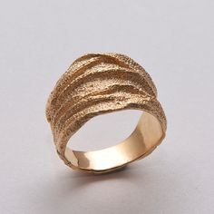 <b>Perhaps a plain gold band just doesn't suit your fine self.</b>