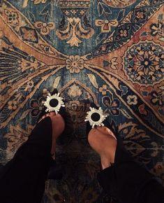976 Me gusta, 8 comentarios - Bella Stilettos, High Heels, Shoes Heels, Pumps, Mode Shoes, Gala Gonzalez, Girls Heels, Winter Mode, Mode Streetwear
