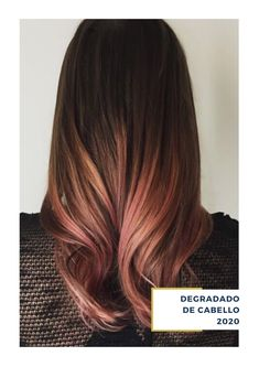 Rose gold hair is a subtle style you may want to try this season. Rose gold hair colors are an excellent choice for blondes that want to try something. Cabelo Rose Gold, Rose Gold Hair, Rose Gold Ombre, Ombre Hair, Balayage Hair, Pretty Hairstyles, Braided Hairstyles, Pink Hairstyles, Perfect Hair