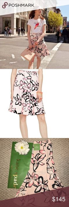 🎉♠️🎀 kate spade tiger lily crepe skirt Size 0 NWT! Great spring/summer essential! Lightweight and breathable material! Step into spring🌸 feeling. Great with this kate spade skirt!! Make me an offer or add to a bundle for a discount! 💕💕 kate spade Skirts