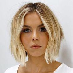 66 Chic Short Bob Hairstyles & Haircuts for Women in 2019 - Hairstyles Trends Trending Hairstyles, Short Hairstyles For Women, Hairstyles Haircuts, Trendy Haircuts, Quick Hairstyles, Pixie Haircuts, Medium Hairstyles, Hairstyles Thin Hair, Short Straight Hairstyles