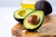 Træt af hårde, umodne avocadoer? Her er tricket, der modner din avocado på kun 10 minutter!