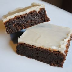 Kahlua Fudge Brownies~Kahlua Fudge Brownies  Recipe adapted from RecipeGirl    Brownies:  1 cup unsalted butter, room temperature  2 cups semi-sweet chocolate chips  1 1/2 cups light brown sugar  2 eggs  1/2 cup Kahlua  2 1/2 cups all purpose flour  1/2 tsp baking powder  1 tsp salt    Preheat oven to 350 degrees.  Spray pan with baking spray.