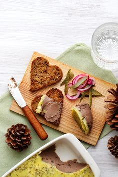 Chicken Liver Paté with Thyme Butter