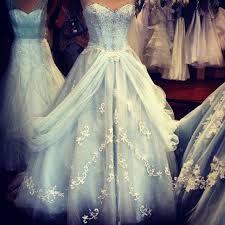 """Résultat de recherche d'images pour """"robe de mariée disney"""""""