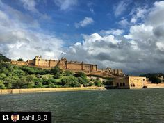 #Repost @sahil_8_3 with @repostapp Get featured by tagging your post with #talestreet Amer Fort Jaipur. Worth visiting don't forget to see the infrastructure its just awesome. instagood #beautifuljaipur #instadaily #jaipur #indiana  #india #instaedit #myindia #beautiful #followplease #followforfollow #igersjaipur #beautiful #perfecttimings #desi_diaries #picoftheweek #followforfollowback #picoftheweek #igersrajasthan #instagood #instaedit #instamood #talestreet #thelogicalindian #twitter