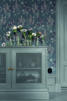 Welcome to Sandberg Wallpaper. We are a Swedish design company specialising in designer wallpaper and home accessories. Visit our site to browse the full collection of Sandberg wallpapers and find your nearest stockist. Hallway Wallpaper, 4 Wallpaper, Bedroom Wallpaper, Inspirational Wallpapers, Swedish Design, Steel Doors, Built In Storage, Wall Colors, Decoration