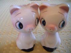 Pink Piggies Salt and Pepper Shakers  Vintage by DEWshophere, $7.99