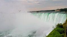 Las cataratas del #Niágara en #verano y en #Invierno ¿con cuál te quedas? Descubre como ir por 7 dólares desde #Toronto #travelBlog #NiagaraFalls