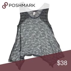 """Free People We the Free Swing Tank in Grey 🎁Offers encouraged & flexible                                                                                🔑Bundle to save 10%                                                                                                   👍Like for price drop notifications                                     EUC, no stains spots, some loose threads. Knit, size small. 50 cotton/50 polyester. Bust 36"""", length at shortest 20"""", length at longest 29"""". Free People…"""