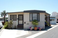 14 Great Mobile Home Exterior Makeover Ideas for Every Budget