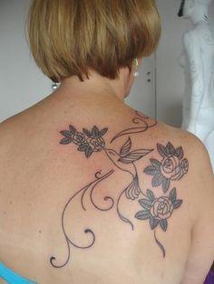 Resultados da pesquisa de http://4.bp.blogspot.com/-QYI67Kq27qk/UHVXHHcD6fI/AAAAAAAAh7w/ZXnhq6T1YZU/s1600/tatuagens-para-mulheres%2B(2).jpg no Google