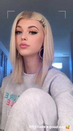 Loren Grey, Loren Gray Snapchat, Californian Hair, Gray Instagram, Grey Makeup, Belle Silhouette, Just Girl Things, Hair Looks, Hair Inspo