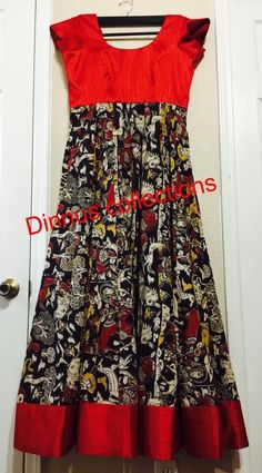 great color combining when you don't have enough fabric for the whole dress? Long Dress Design, Dress Neck Designs, Kurti Neck Designs, Kalamkari Dresses, Ikkat Dresses, Indian Designer Outfits, Designer Dresses, Kalamkari Designs, Mode Crochet
