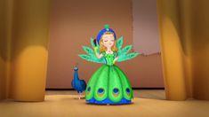 Princess Sofia Dress, Princes Sofia, Princess Sofia The First, Sofia The First Cartoon, Sofia The First Characters, Disney Barbie Dolls, Barbie Cartoon, Disney Princess Pictures, Disney Pictures