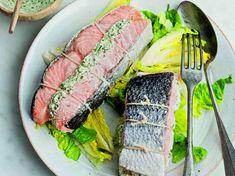 Rôti de saumon, chèvre frais et citron confit French Food, Fish Dishes, Goat Cheese, Tuna, Goats, Salmon, French Recipes, Roti Recipe, Preserved Lemons