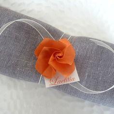 Marque place rond de serviette pour mariage en origami for Deco de table orange