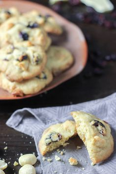 Cranberry White Chocolate Macadamia Cookies | Mademoiselle Gourmande