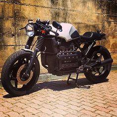 #k100 #Bmw #k75 #caferacer #scrambler #tracker #boxer #boxertwin #bobber #special #custom #motorrad #motorcycle #motobike #bike #fashion #vintage #oldschool #style #bmwcaferacer #bmwmotorrad #leather #lifestyle #love #k1100