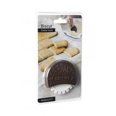 This unique cookie cutter will turn dough into delicious cookies or crackers with no waste at all. Just roll it on the flattened dough to create breaking marks, bake it, brake it - and you're done! Easy to bake, fun to break! Biscuits, Gadgets, Kids Store, Yummy Cookies, Crackers, Cookie Cutters, Rolls, Tasty, Baking
