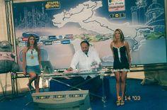 """Ebbene sì, anno 2003 conduttrici di """"Stappa la Tappa"""" insieme al grandissimo Giampiero Galeazzi. Vi ricordate, era in onda su Rai 3 legata al Giro d'Italia? #spytwins #tv #carrier #giroditalia #rai3"""