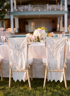 Wedding Reception, Stadiumred Estate, Flowers by: Sag Harbor Florist, Photo: Kate Headley - New York Wedding http://caratsandcake.com/travisanddanielle