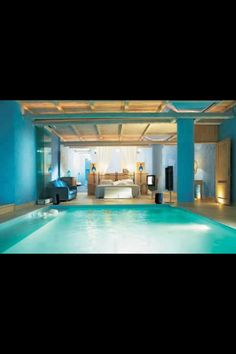 An indoor swimming is a grand luxury. What if your indoor swimming pool were in your bedroom? View four fabulous indoor swimming pools located either right in your bedroom or a quick slide away. Awesome Bedrooms, Cool Rooms, Beautiful Bedrooms, Beautiful Homes, Coolest Bedrooms, Beautiful Interiors, Coolest Beds, Romantic Bedrooms, House Beautiful