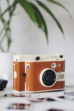 Lomo Instant, câmera lomo em Melina Souza.